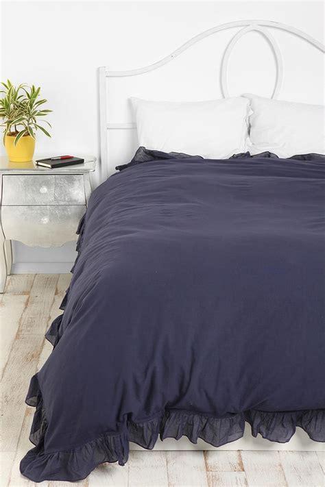 navy blue ruffle comforter 1000 ideas about navy duvet on pinterest navy coral