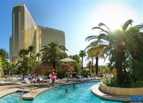 las vegas family hotels hotels  pools rides