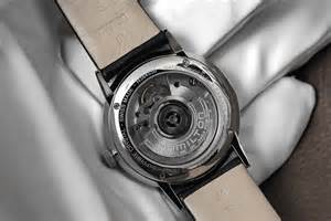 Professional watches wristwatch blog review the hamilton intra