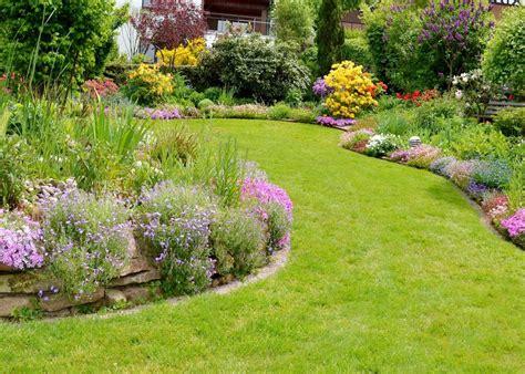 come curare un giardino da al giardino le occasioni per curare il