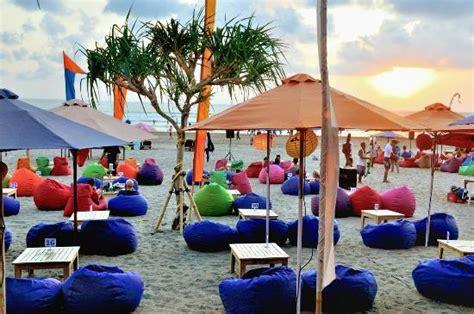 bb seminyak bali  picture  blue  beach bar