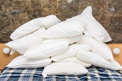 wirecutter best pillow wirecutter best pillow wirecutter s favorite bed pillows