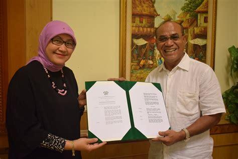 Surat Akreditasi Ban Pt by Penyerahan Surat Keputusan Ban Pt Akreditasi A Univeristas