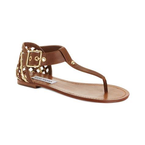 steve madden sandals flat steve madden sutttle flat sandals in brown cognac lyst