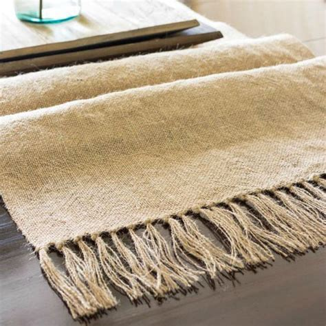 Diy Burlap Table Runner by Diy Burlap Table Runner With Tassels On Sutton Place