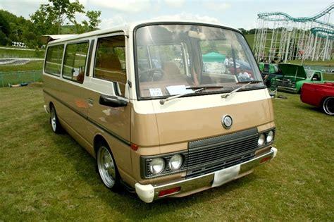 nissan urvan modified nissan urvan caravan e23 old van pictures pinterest