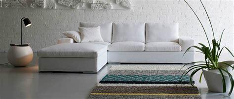 divani con pouf divano con pouf scontato divani a prezzi scontati