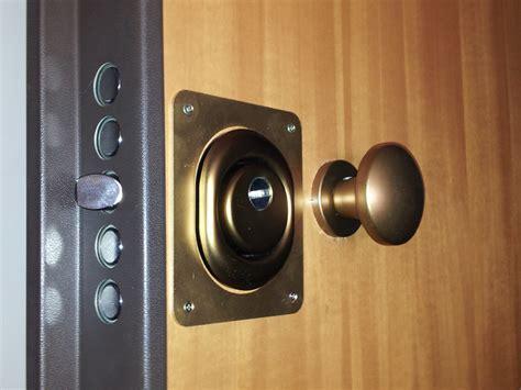 serratura sicura porta blindata quanto 232 sicura una porta blindata