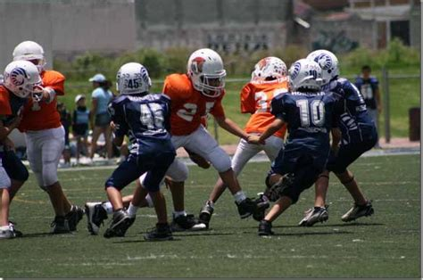 imagenes de niños jugando futbol americano conoce a los aztequitas de futbol americano blog de la