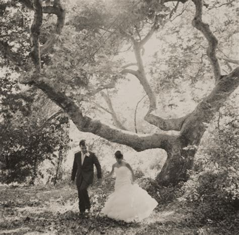 Great Wedding Photos by Getting Great Wedding Photos Tip 9 Take A Walk