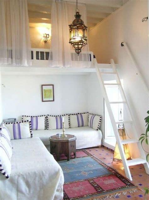 wohnzimmer quadratmeter die kleine wohnung einrichten mit hochhbett freshouse