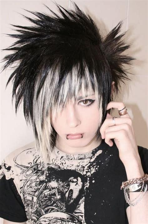 short emo hairstyles pinterest short choppy emo punk goth indie hairstyle hairstyles
