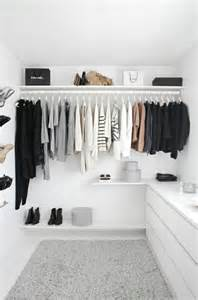 offene kleiderschrank die 25 besten ideen zu offener kleiderschrank auf
