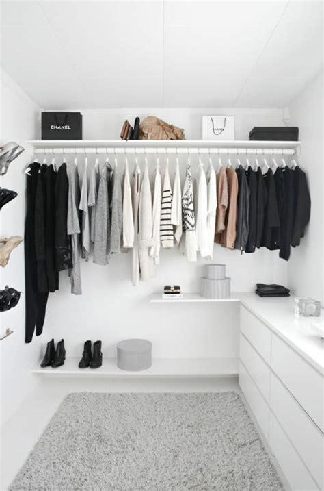 offener kleiderschrank die 25 besten ideen zu offener kleiderschrank auf