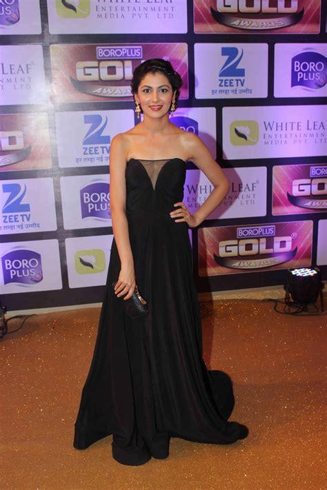 zee gold awards 2016 divyanka karan mouni and others