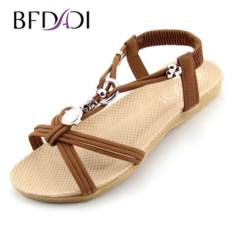 Best Quality Sandal Flat V49 sandals with straps for with lastest inspiration in