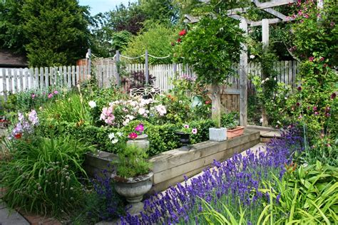 8 wonderful concept of cottage garden design landscaping