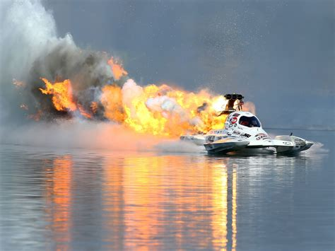 drag boat racing top speed top fuel hydro driver todd plate explodes the engine on