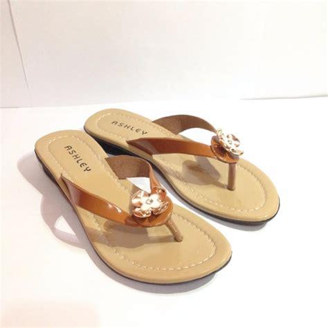 Sepatu Santai Karet sendal karet wanita sepatu sandal department store