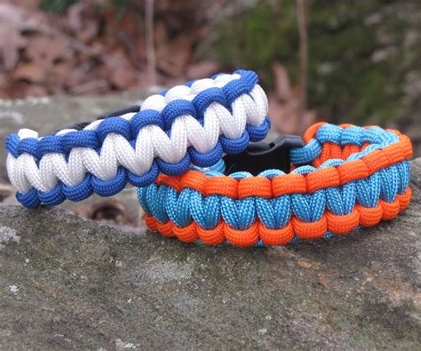 how to make a paracord bracelet with two colors how to make a two color survival bracelet 14 steps
