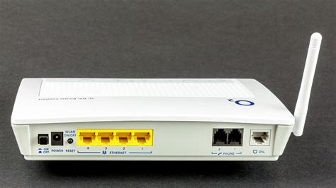 router wikipedie file o2 dsl router comfort p 2602hw d7a by zyxel 4477