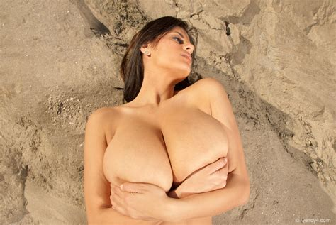 Foxhq Wendy Fiore Naked Canyon