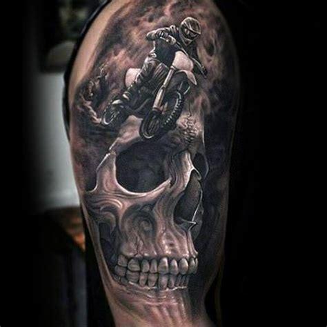 Tattoo Oberarm Motorrad by Die Besten 25 Motorrad Tattoos Ideen Auf Pinterest