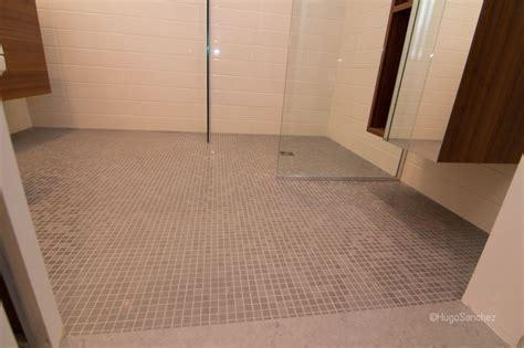 19 Beautiful Wetroom Floor   Lentine Marine   48497