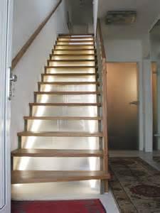 setzstufen treppe tischlerei sch 246 n gesattelte holztreppe mit setzstufen aus