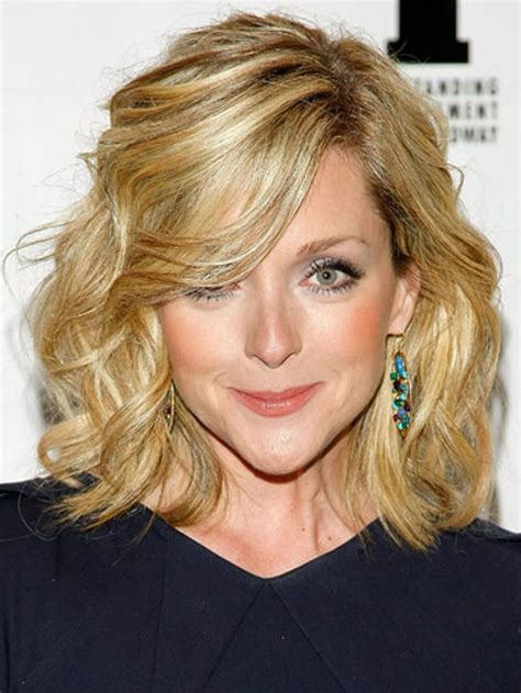 pictures of medium haircuts for women of 36 years mid length hairstyles for older women mid length