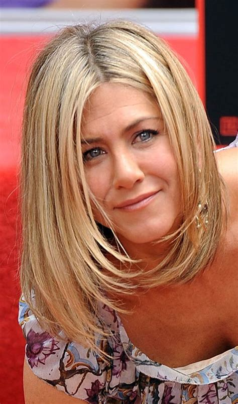 famous people with choppy bobs 8 famous bob hairstyles of jennifer aniston sexy there