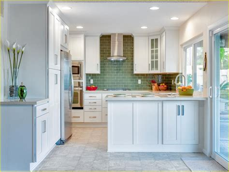mini subway tile kitchen backsplash mini subway tile backsplash awesome modern kitchen design