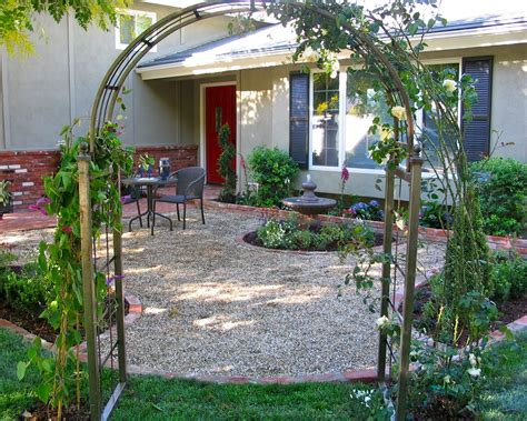 front yard patio photos landscaping gardening ideas