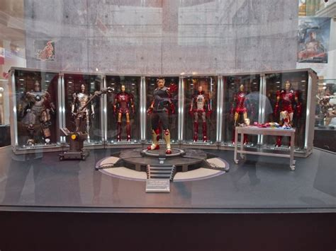 hot toys iron man hall armor google search action