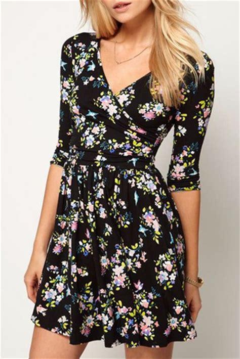 Floral V Neck Skater Dress dress floral black flowers half sleeve sleeves