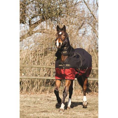 amigo mio turnout rug amigo mio one heavyweight turnout rug black burgundy equestrian from burnhills uk