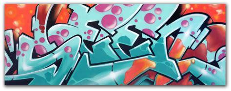 graffiti artist   wildstyle aerosol  canvas