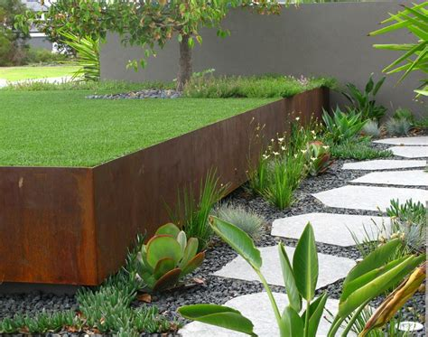Landscape Edging Plants Garden Landscaping Ideas For Borders And Edges