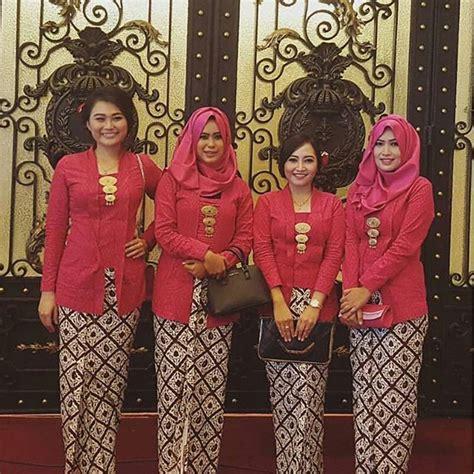 Setelan Kebaya Minut By Azzahra Collection Gold 116 best kondangan images on kebaya muslim fashion and kebaya