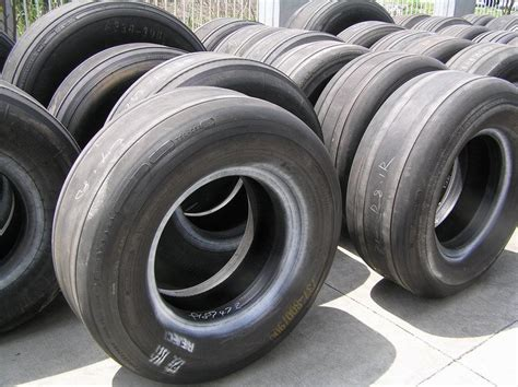 tugboat bumpers used aircraft tires for ship bumper and tugboat fender in
