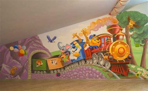 fresque murale chambre fresque murale chambre enfant locomotive animaux girafes