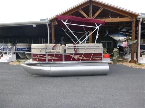 pontoon boats for sale bentley bluewater boats boat dealer in florida for bentley pontoon