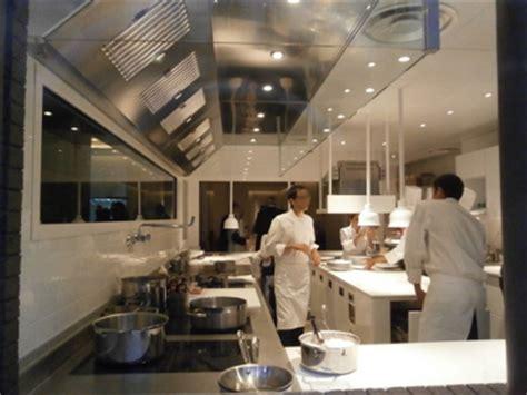 restaurant cuisine ouverte les tr 232 s tendances 171 open kitchen 187 le spectacle est en