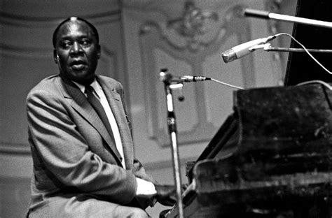 Memphis Slim | memphis slim b l u e s com the blues community