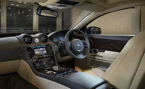 Xj Interior by 2016 Jaguar Xj Launched In India Priced At Rs 98 03 Lakh