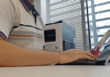 postura seduta corretta sciatica sintomi cura e rimedi per il dolore sciatico