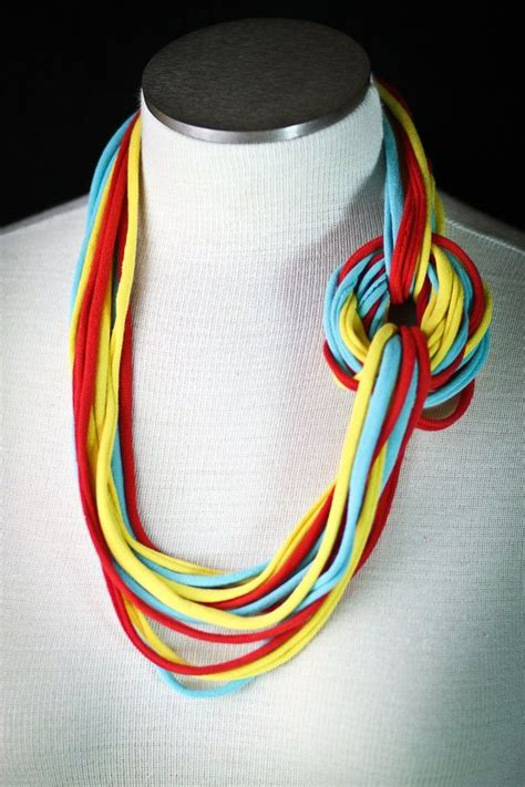 pattern for t shirt necklace 134 best images about trapillo on pinterest trapillo