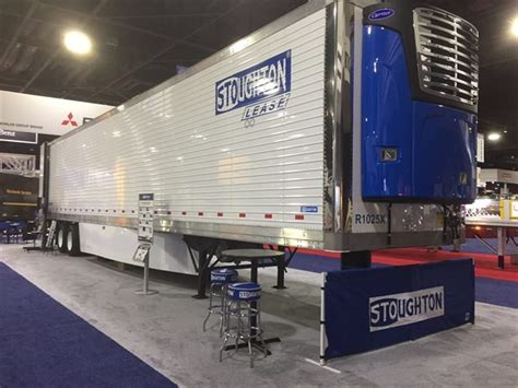 stoughton trailers  unveil pureblue refrigerated trailer  north american vehicle show