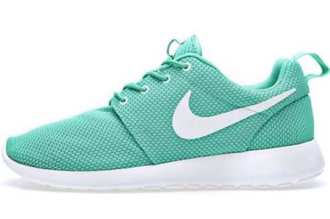 nike roche running shoes shoes nike mint nike sneakers wheretoget