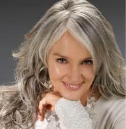 frosting gray hair siwe włosy magazyn fryzury